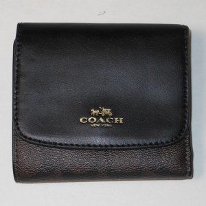 New Coach signature C brown color leather wallet